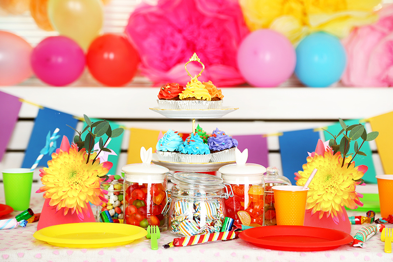 Diy Project Dress Up Your Party Hats With Fresh Flowers