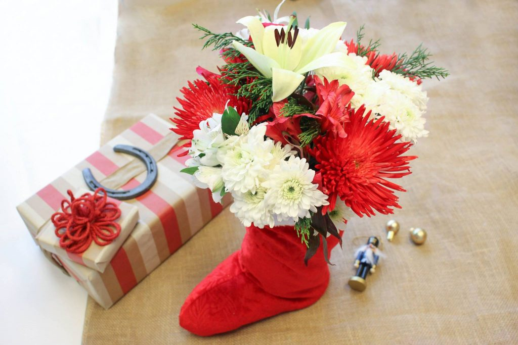holiday flowers, stocking, texas holiday, season, christmas diy