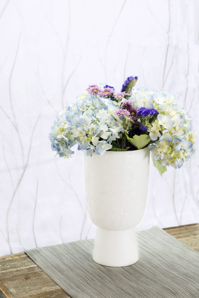 SPRING CLEANING WITH LONE STAR LIVING HYDRANGEA BOUQUET