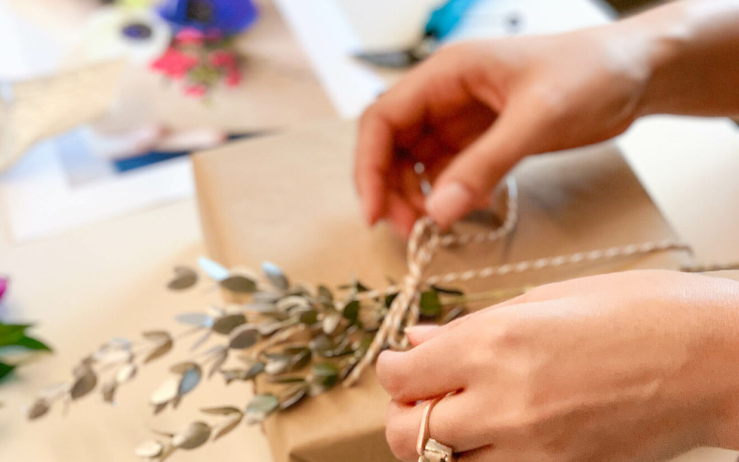 3 Easy Steps to Create a Bloomin' Birthday Gift Tag